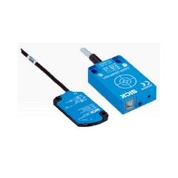 Capteur de proximité capacitif rectangulaire CQ35 SICK